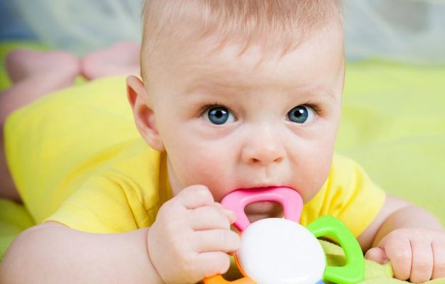 Bebeklerin dişlerini rahatlatan ürünler
