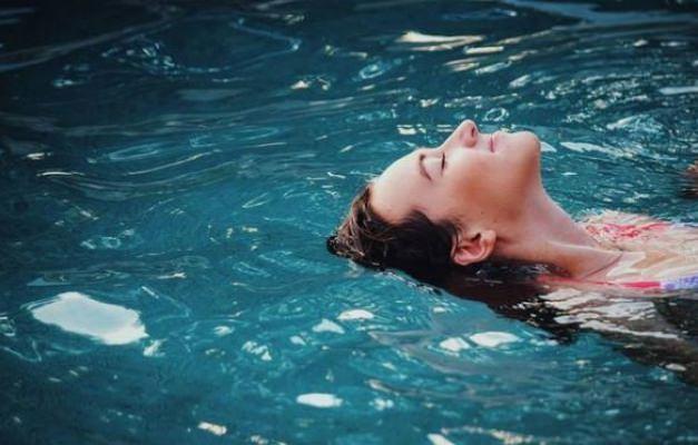 Hamileyken yüzmek tehlikeli mi?