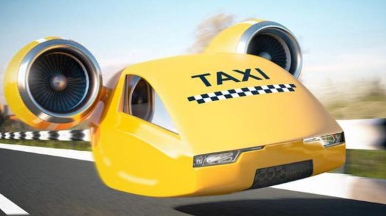 Rolls Royce zenginleri uçurarak taşıyacak!