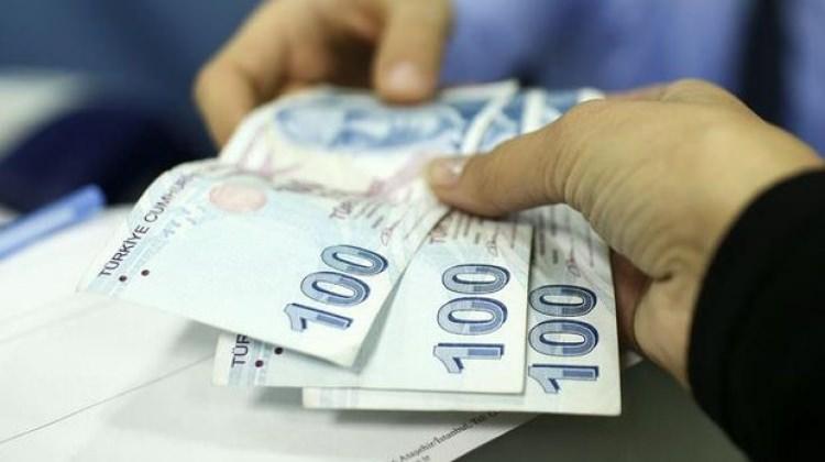 Emeklilerin bayram ikramiyeleri ödenmeye başlandı