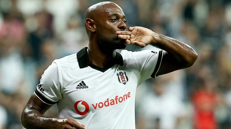 Love'ın menajeri Beşiktaş ve Orman'a ateş püskürdü