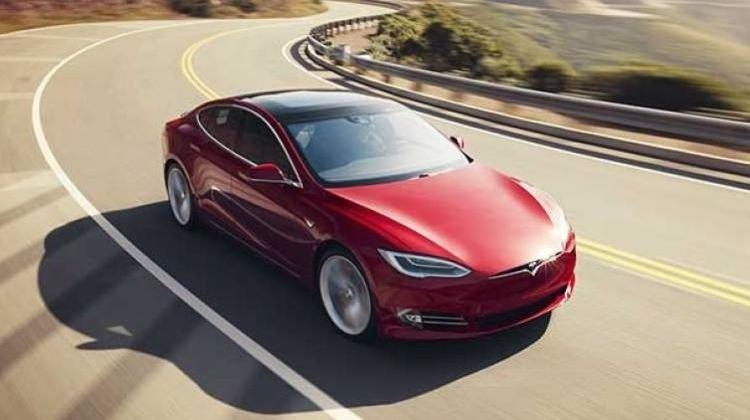 Tesla'ya ikinci yönetici aranıyor!
