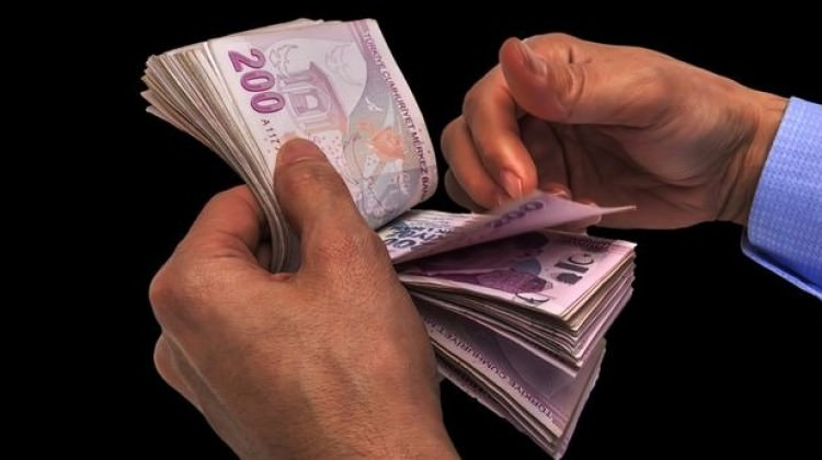 Hazine 2,8 milyar lira borçlandı