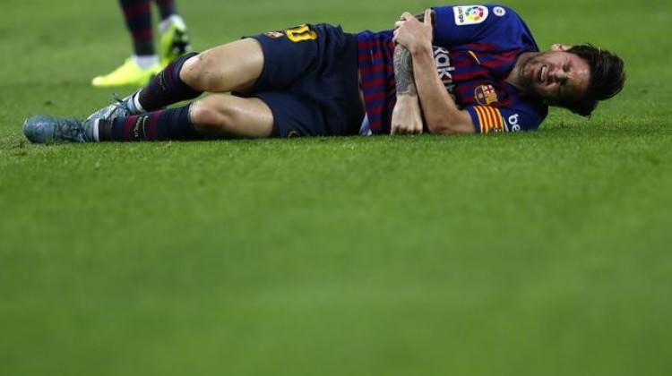 Barcelona liderliği geri aldı Messi'yi kaybetti