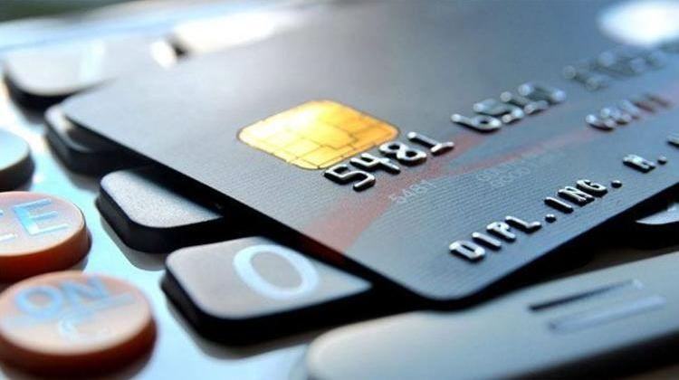 Kredi kartı kullananlar dikkat! Sayı azaldı