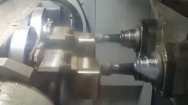 Makineler İstiklal Marşı'nı söyledi