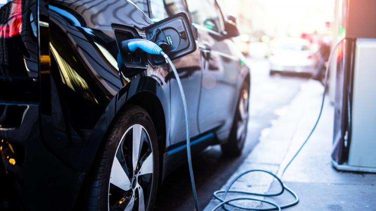 İngiliz Dyson elektrikli otomobil üretecek