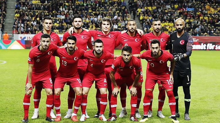Milliler Antalya'da sahne alıyor