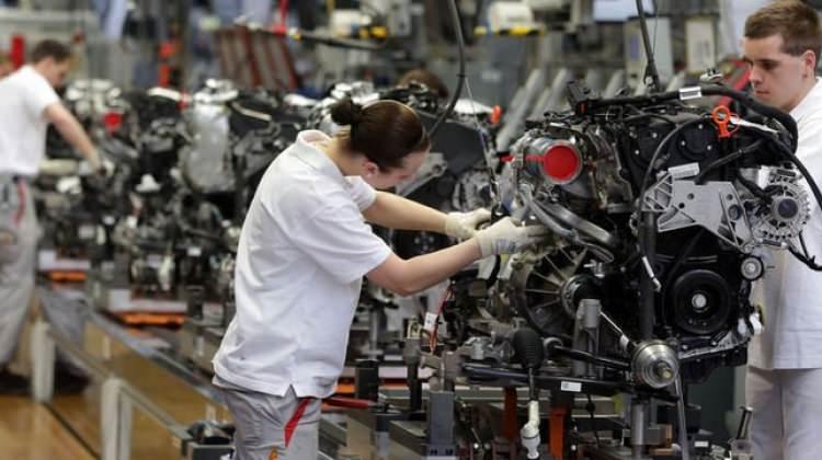 Avrupa'da sanayi üretimi ekimde yükseldi