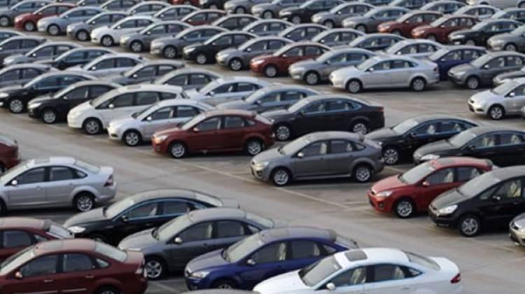 AB'de otomobil satışları ocakta düştü