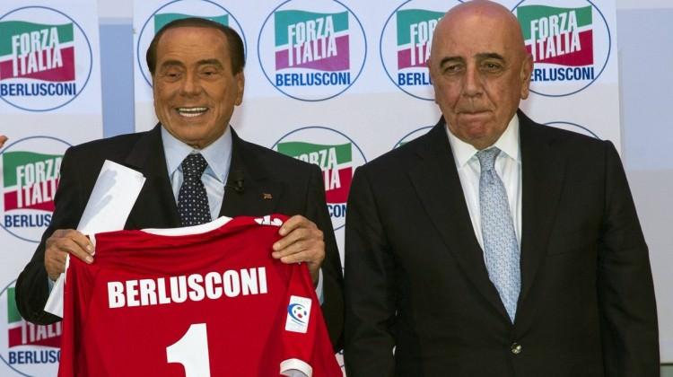 Berlusconi geri döndü! Sakal yasak, dövme yasak
