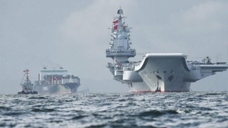 Çin'den ilk yerli uçak gemisi ile gövde gösterisi!