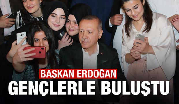 Başkan Erdoğan gençlerle buluştu