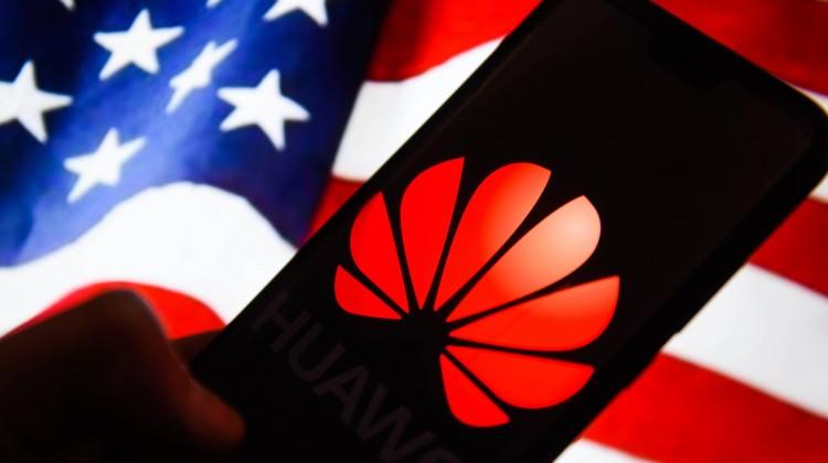 İşte Huawei'yi 'kara liste'ye alan şirketler