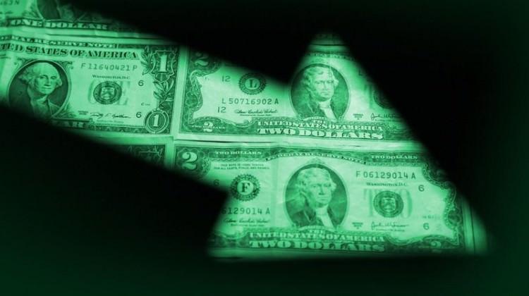 Dolarda düşüş hız kazandı! Açıklamalar peş peşe geliyor