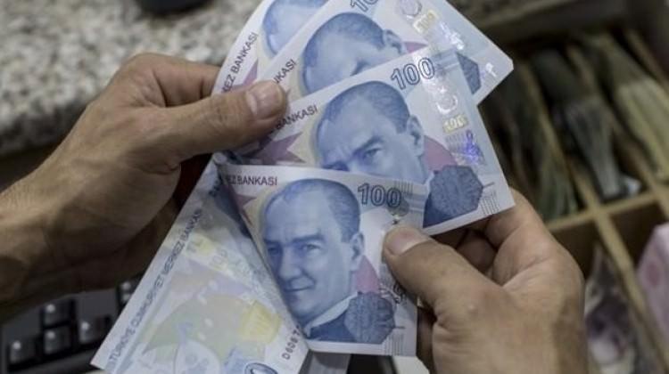 Aylık 4 bin 500 lira bursla staja başladılar