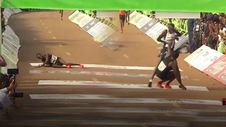 Finishe saniyeler kala bakın ne yaptı!