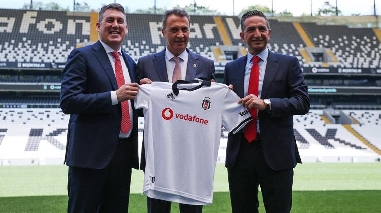 Beşiktaş 2 yıllık anlaşmayı resmen açıkladı!