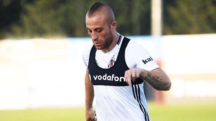 Beşiktaş'tan ayrıldı! Süper Lig ekibiyle anlaştı