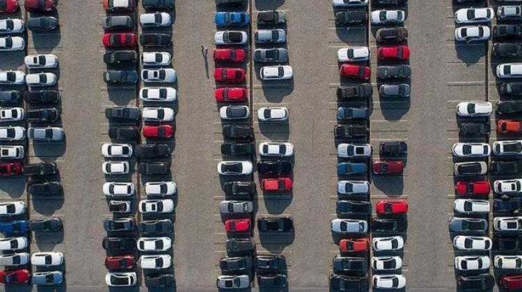 AB`de otomobil satışları ağustosta düştü