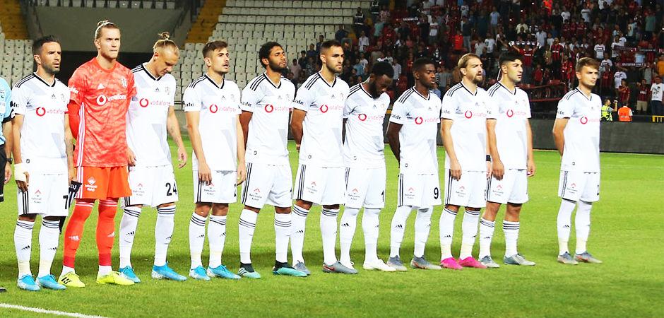 Beşiktaş - Slovan Bratislava! Muhtemel 11'ler