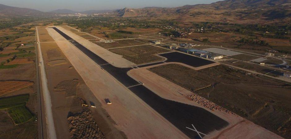 Tokat'ta, yeni havaalanının yüzde 65'lik kısmı tamamlandı