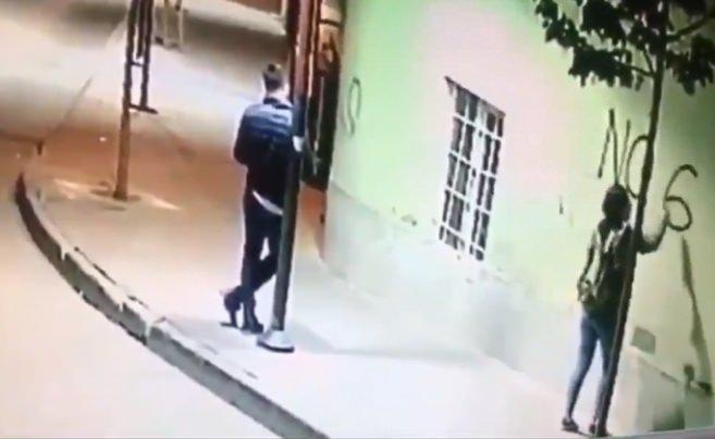 Dadaşlar diyarı Erzurum'da cami duvarına 'No God' yazdılar