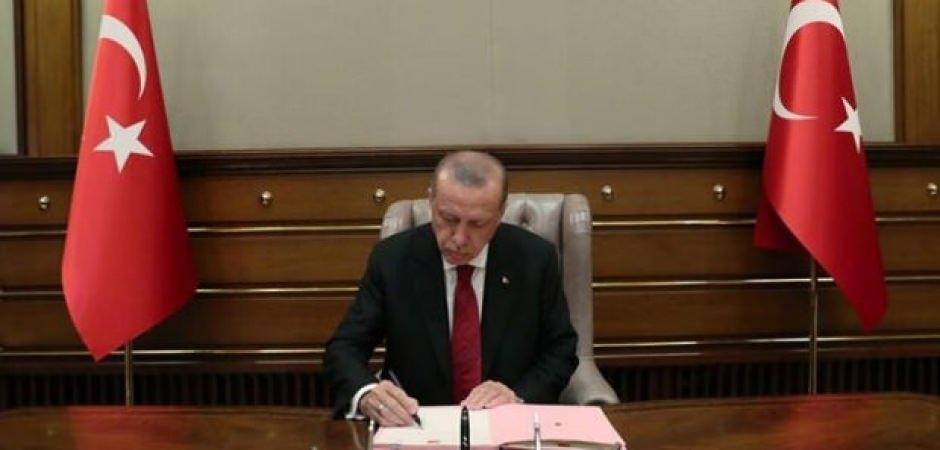 Erdoğan imzaladı: Sözleşmeli personellerle ilgili yeni düzenleme! Yeniden hizmete alınacak