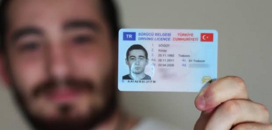 Yurt dışında yaşayan vatandaşlara ehliyet müjdesi