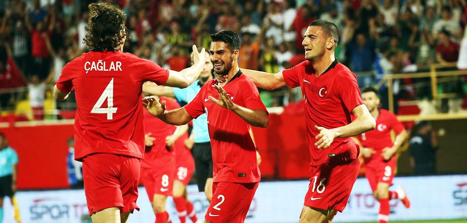 Mourinho, Türk futbolcuya talip oldu!