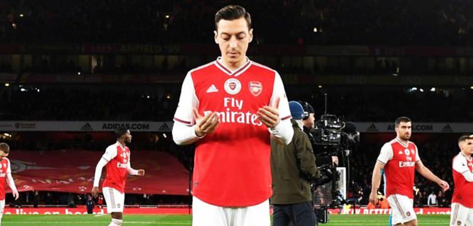Barcelona, Roma, Mesut Özil... Deprem mesajları...