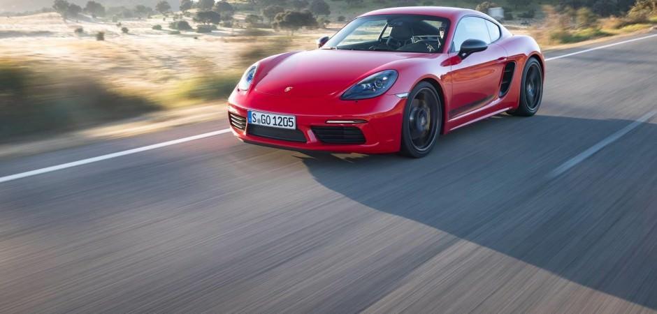 Porsche Cayman 4.0 versiyon ile geldi!