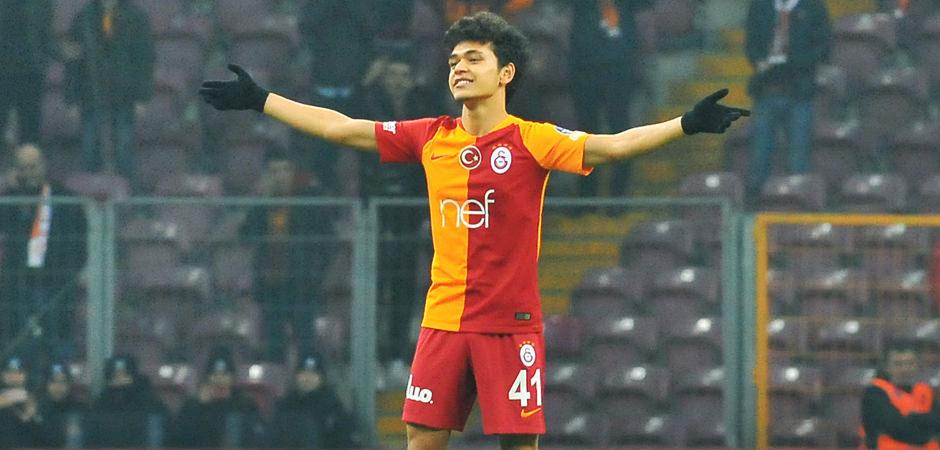 Galatasaray'dan ayrıldı Real Madrid'e gidiyor!