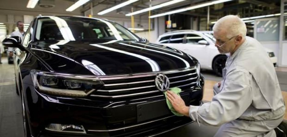 Volkswagen: Üretimi durdursak da haftalık 2 milyar avro sabit harcama yapıyoruz